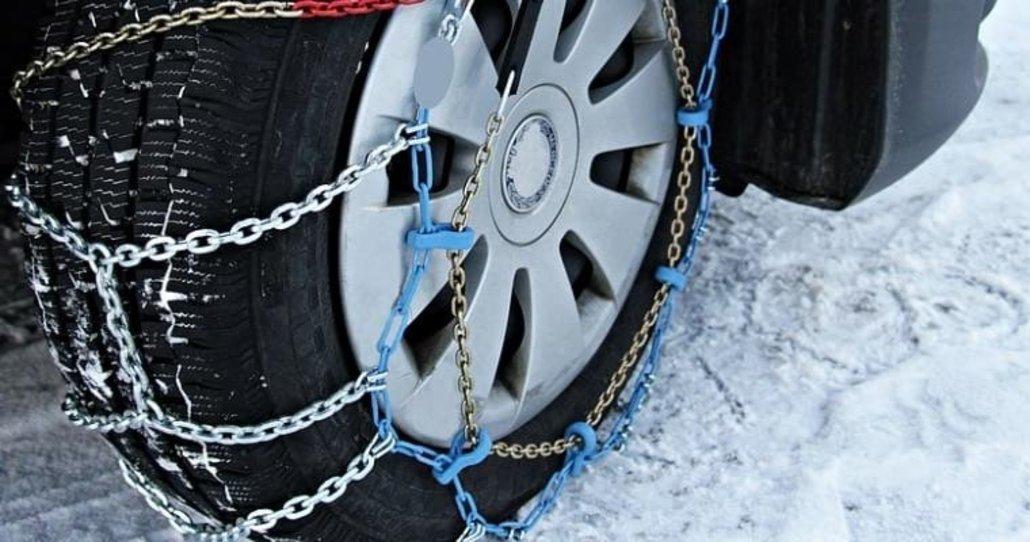 Normas de segurança para a montagem e utilização de correntes de neve