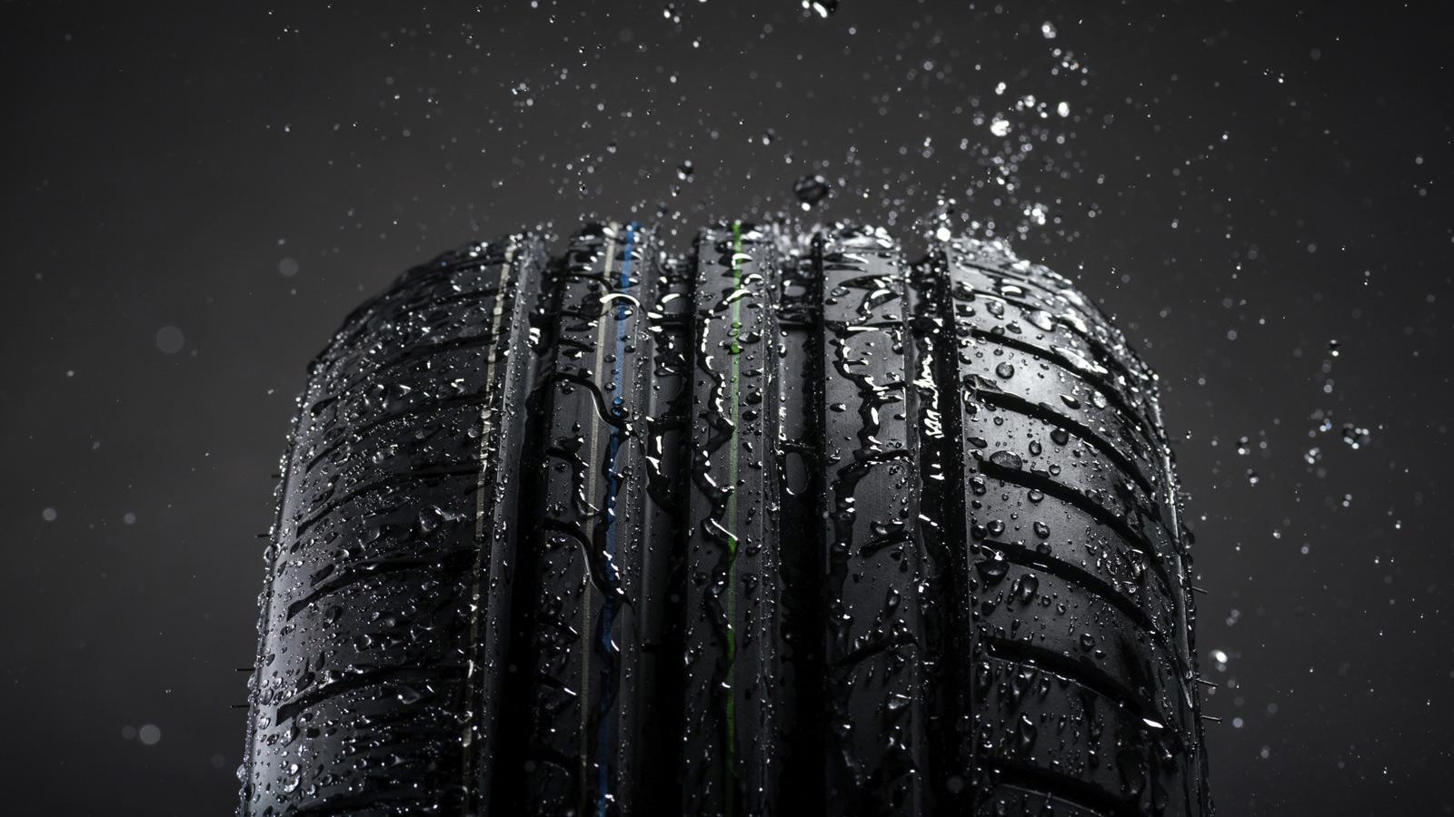 Desenho e aderência do pneu. Tudo o que deve saber para evitar situações de risco na estrada